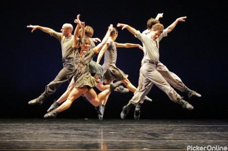 Dance Factory Crew