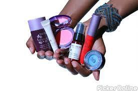 Alka Beauty Parlour