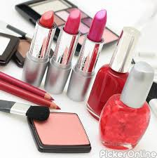 Esha Beauty Parlour