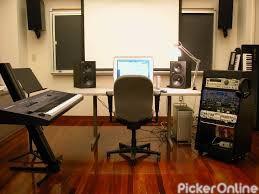 Dipti Photo Studio