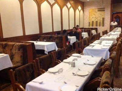 HOTEL ARJUN BAR & FAMILY RESTAURANT