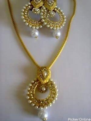 Sanskruti Bentex And Imitation Jewellery